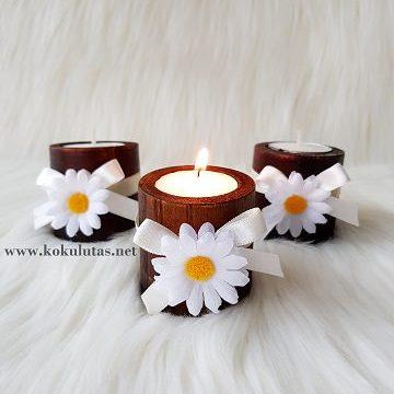 çiçekli ahşap mumluk